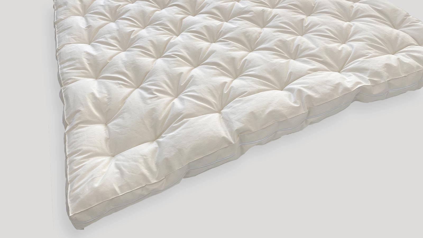 Luxury MicroCoils and Wool Mattress...